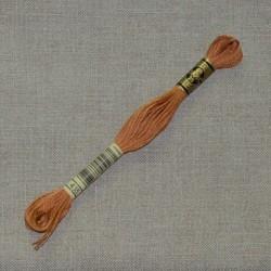 n°435 - Fil à broder DMC - mouliné - art.117
