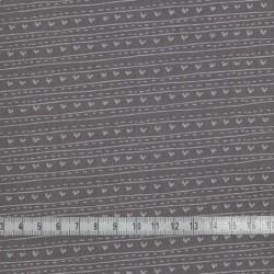 Tissu motif coeurs et rayures sur fond taupe - laize 110cm