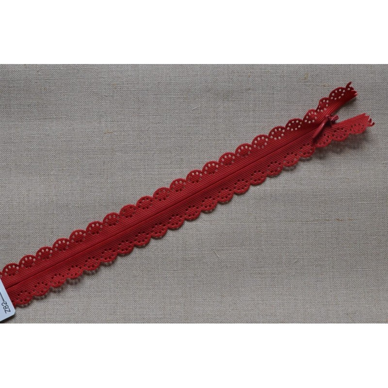 Fermeture à glissière invisible en dentelle rouge